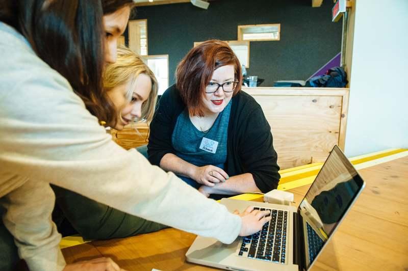 Frauen in der Gaming-Branche, Buford Wooga, IT Frauen, female Engineering, Frauen Coden, women who code, Frauen in der Gaming-Branche